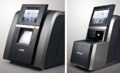 Brusilni stroj HPE-910 (XD) z: avtomatsko centrirko, integriranim skenerjem, integriranim dioptometrom, integriranim vrtalnim strojem, asimetrijo, step bevelom, Scan&Cut. Chemistrie clip